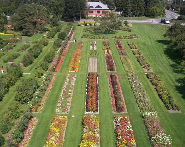 Ornamental Gardens Tour